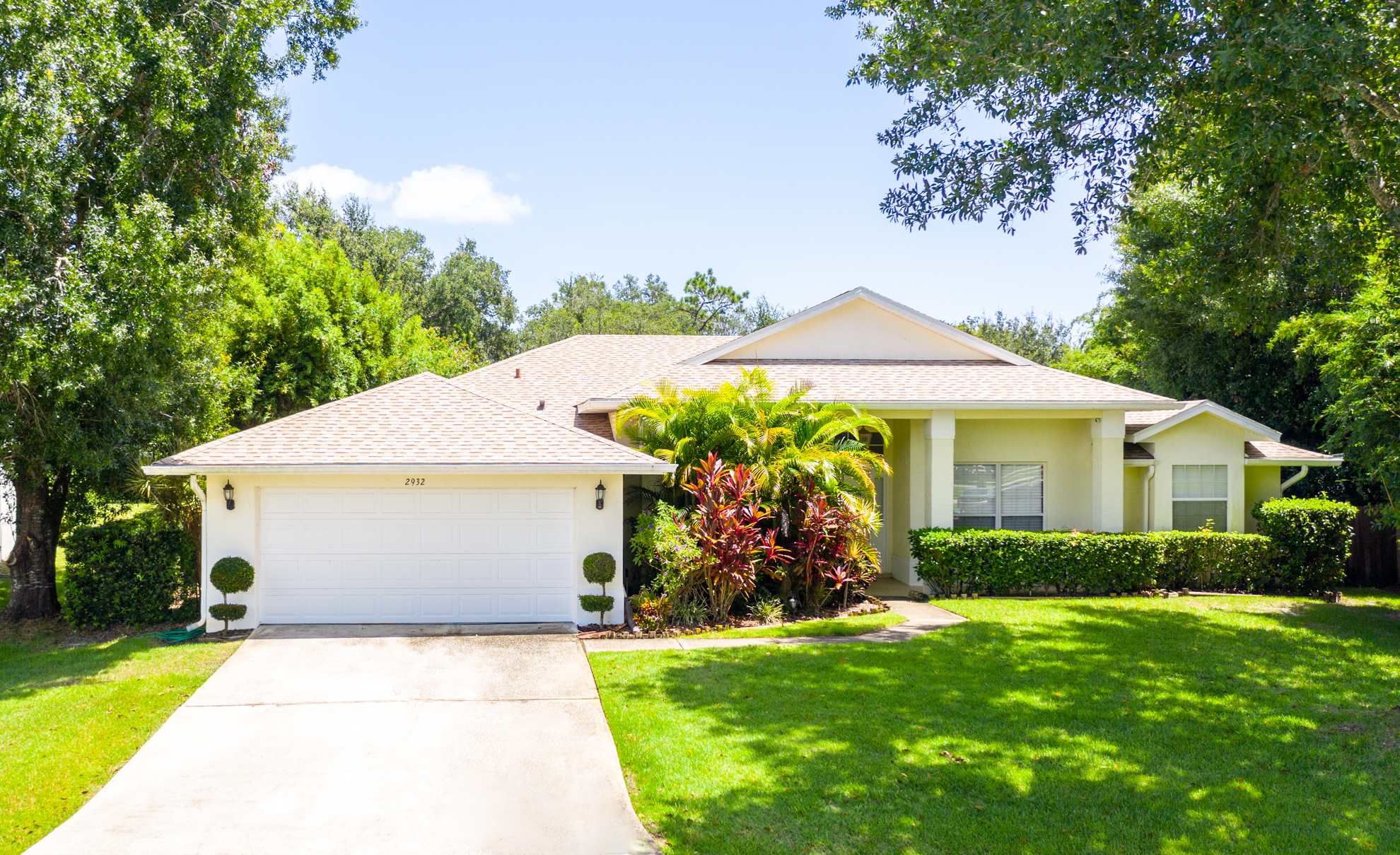 Home for sale in Kissimmee Florida 2932 Evans Dr. Rockrose Realty